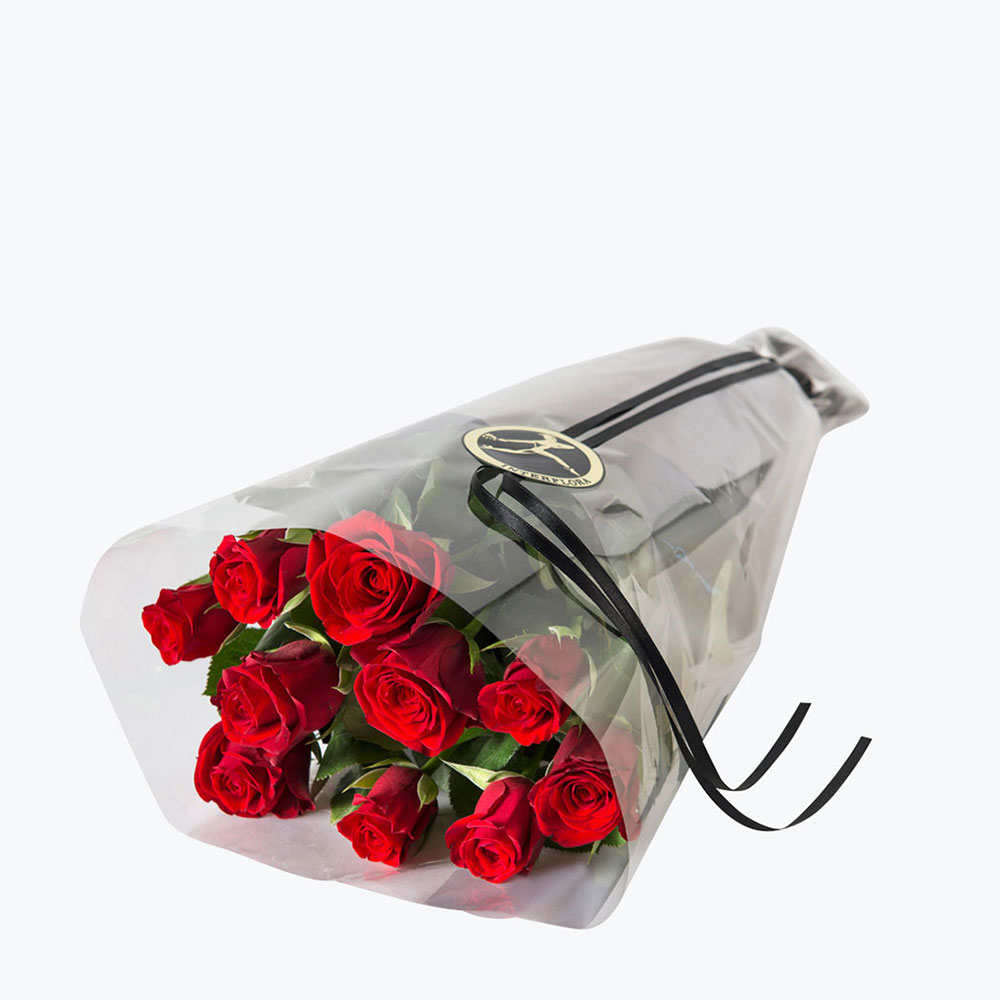 10 røde roser